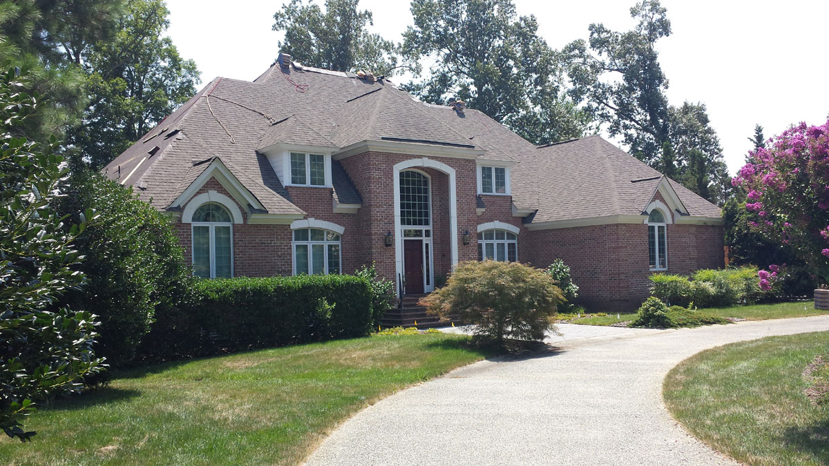 Quality Replacement roofing - R.A. Woodall & Son Construction - Williamsburg VA